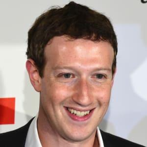 Mark Zuckerberg Biyografi ve Hayatı ?